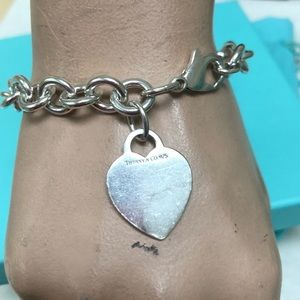 🔴Authentic TIFFANY & CO Heart Charm Bracelet ❤️🔴